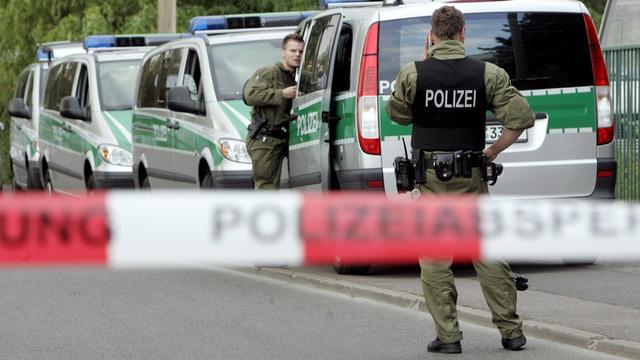 Duitse man gooit zijn drie kinderen uit het raam