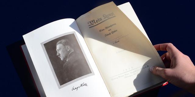 Mein Kampf mag niet verspreid na vervallen auteursrecht