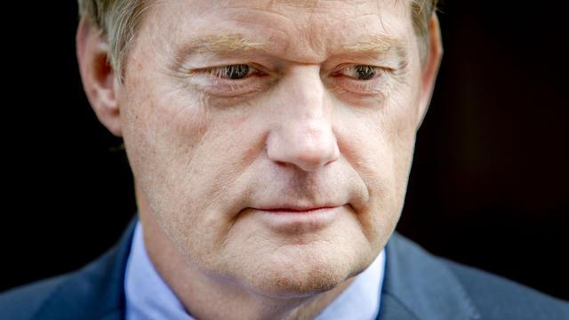Vakbond windt zich op over zorgplannen Van Rijn