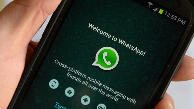 WhatsApp bereidt op Android donkere modus voor