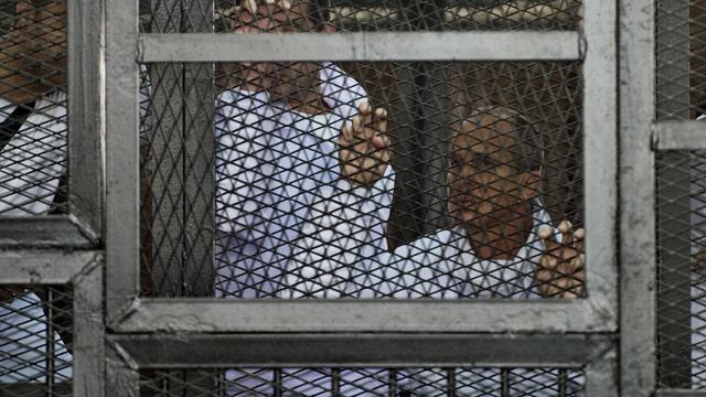 Veroordeelde journalisten al-Jazeera Egypte krijgen nieuw proces