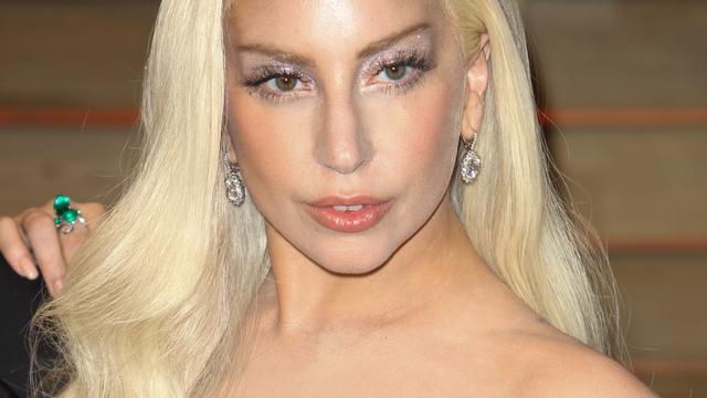 Lady Gaga naar ziekenhuis om hoogteziekte