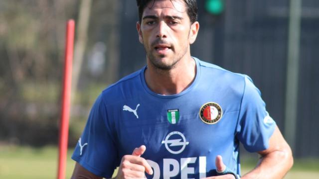 Pellè meldt zich weer op training Feyenoord