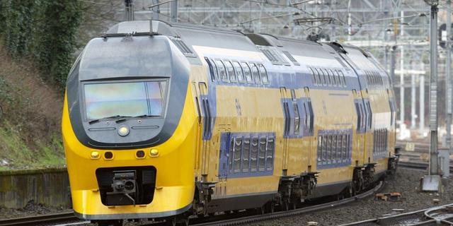 Stremming treinverkeer Almere duurt voort