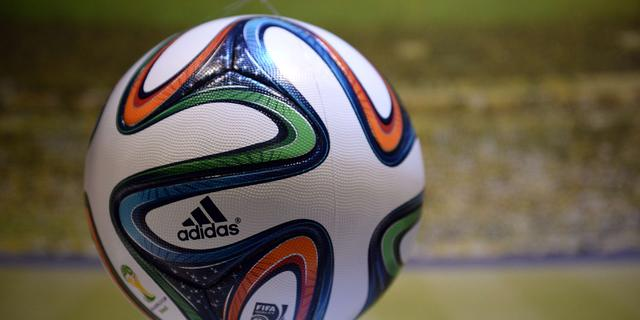 Fabelachtig doelpunt in Duitse vierde divisie