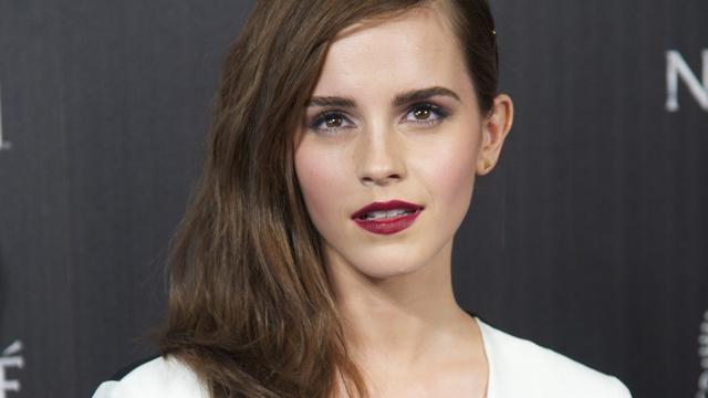 Emma Watson topless te zien in nieuwe film