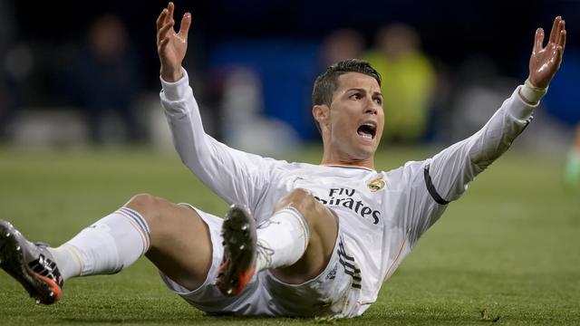 Ronaldo hekelt scheidsrechter na verloren Clásico