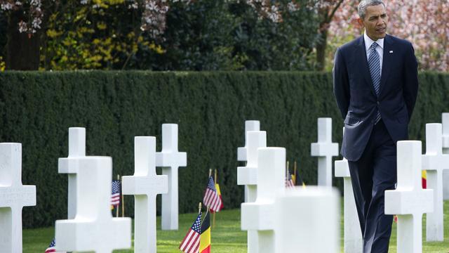 Obama betuigt eer op VS-begraafplaats België