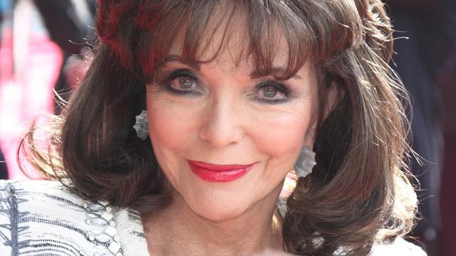 Joan Collins (81) lanceert cosmeticacollectie