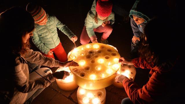Miljoenen doen licht uit voor Earth Hour