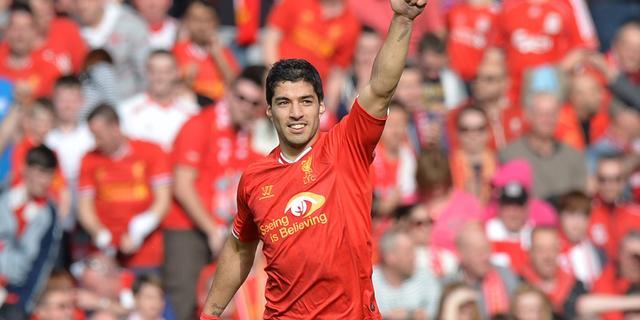 Premier League-baas is Suarez liever kwijt dan rijk