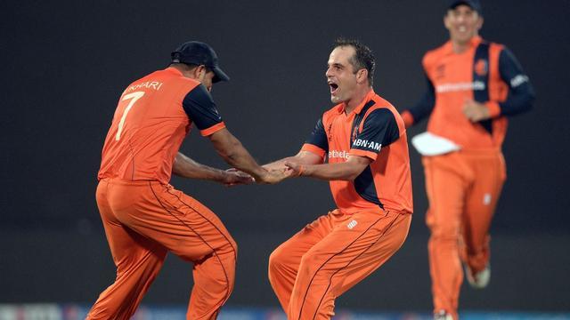 Nederlandse cricketers herhalen WK-stunt tegen Engeland