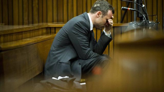 Pistorius biedt familie omgekomen vriendin excuses aan