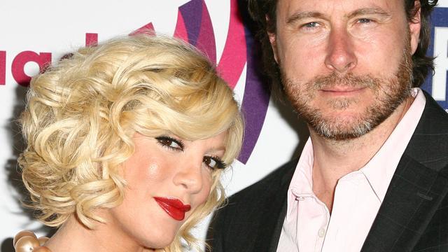 Dean McDermott nog steeds gelukkig getrouwd met Tori Spelling