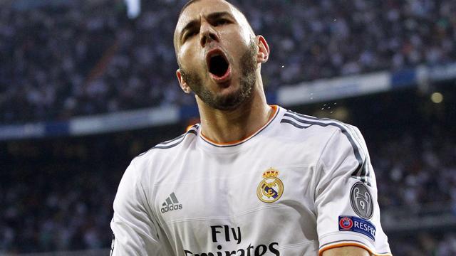 Benzema verlengt contract bij Real Madrid tot 2019
