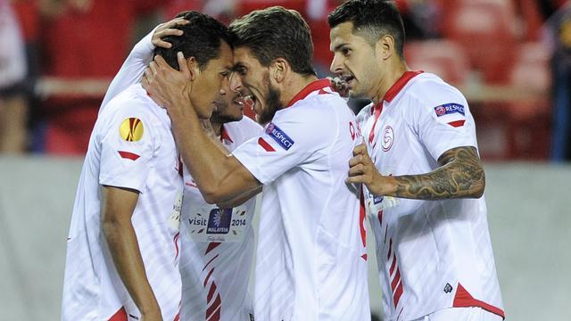 Sevilla zet flinke stap richting finale na winst op Valencia
