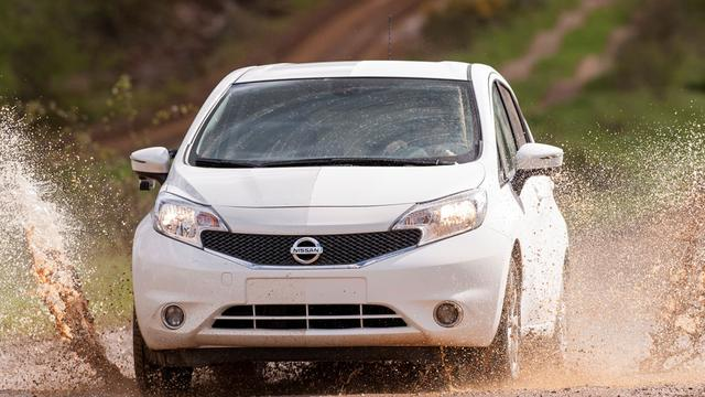 Nissan roept auto's terug om probleem airbags