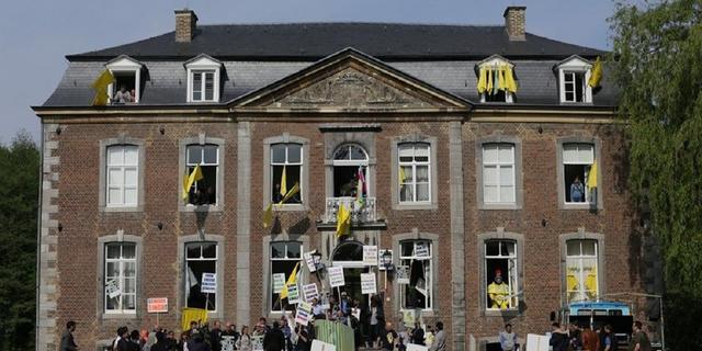 Ruim duizend schoonmakers protesteren in Limburg