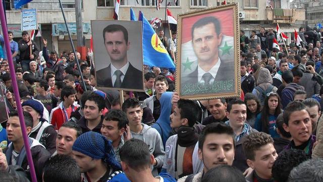Assad gaat op voor herverkiezing in Syrië