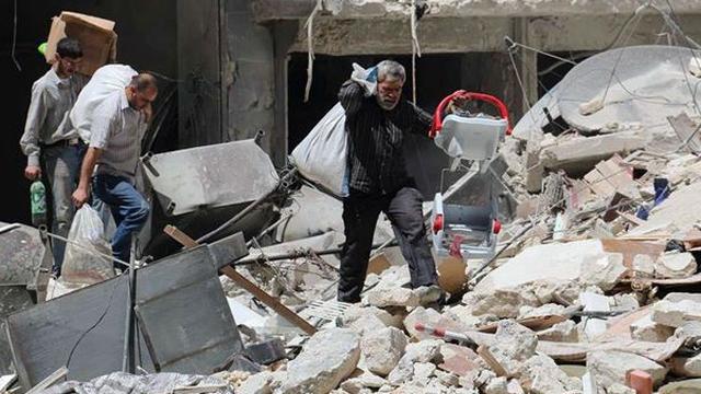 'Syrische regering bombardeert eigen burgers'