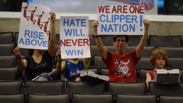 Clippers winnen eerste NBA-duel sinds schorsing eigenaar