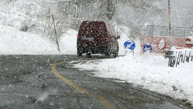 Etappe in Ronde van Romandië ingekort door sneeuw