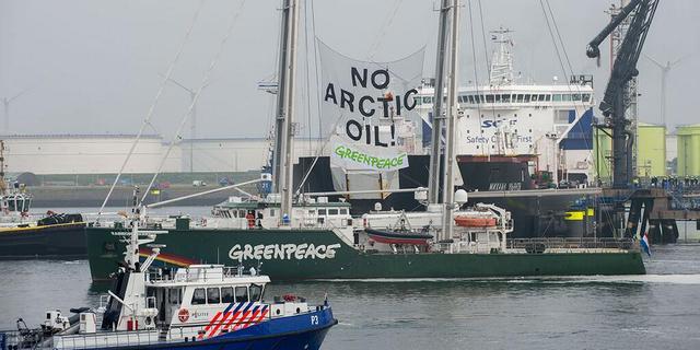 Greenpeace nog steeds op platform Barentszzee