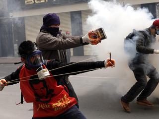 Vijftig gewonden bij rellen in Turkse miljoenenstad