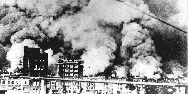 Rotterdam gaat bombardementen jaar lang herdenken