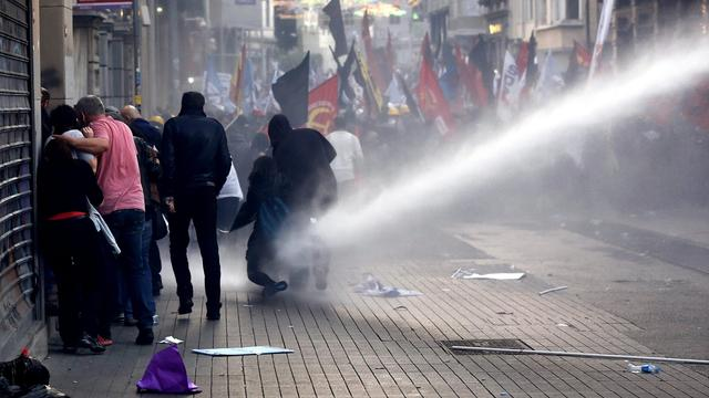 Turkse politie slaags met betogers mijnramp Soma