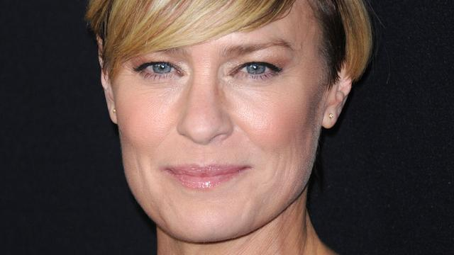 Claire Underwood in nieuwe House of Cards-trailer te zien in presidentsstoel