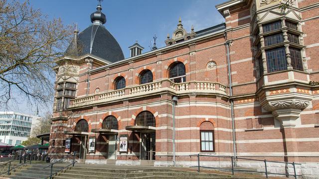 Asbestschade Arnhems concertgebouw Musis Sacrum 2,4 miljoen euro