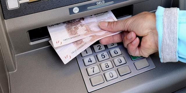 Sallandse geldautomaten worden weer bijgevuld