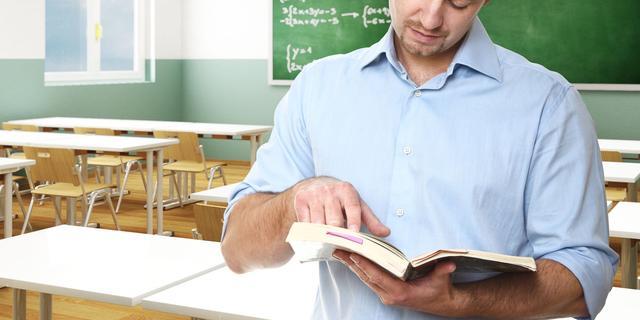 Weer meer leerlingen en minder leraren op middelbare school