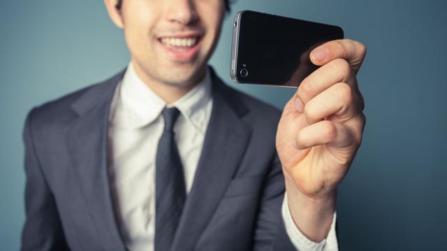 Selfie moet ambtenaar aan betere cao helpen