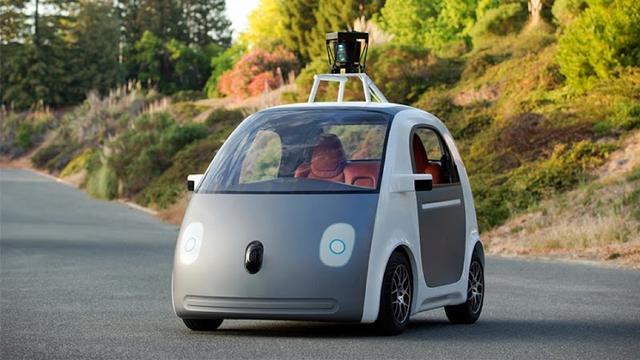 Google toont zelfrijdende auto zonder stuur