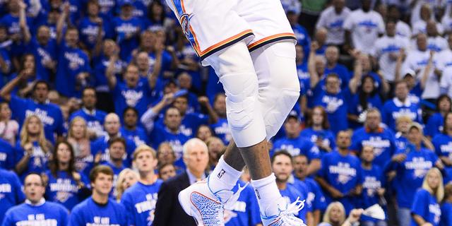Thunder naast Spurs in eindstrijd Western Conference