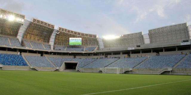 'Race tegen klok om WK-stadion Natal in orde te maken'