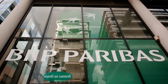 Helft minder winst voor BNP Paribas