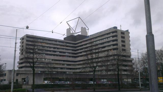 Ex-topvrouw MC Slotervaart 'ging listig te werk bij fraude', OM eist 2 jaar