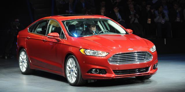 Ford roept bijna half miljoen auto's terug