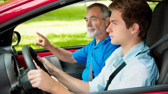 Faalangstexamen in trek bij Amsterdamse leerling-automobilisten