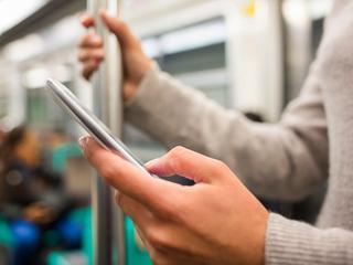 Belgen blijven qua mobiel internetgebruik achter bij Europa