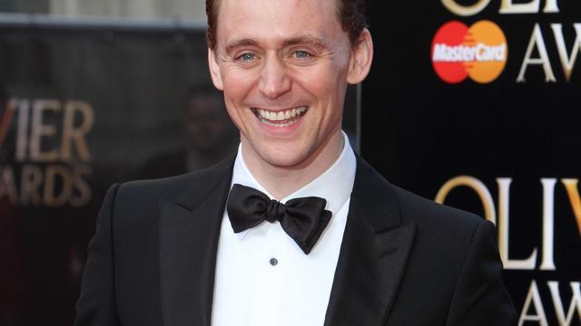 Tom Hiddleston gaat countryzanger Hank Williams spelen