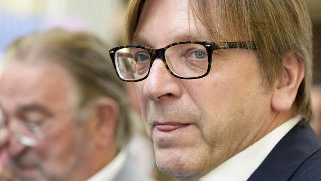 Verhofstadt gaat namens Europees Parlement onderhandelen over Brexit