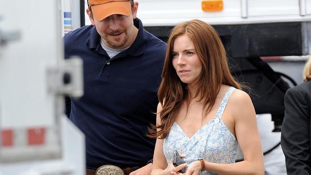 Sienna Miller en Bradley Cooper samen in Chef