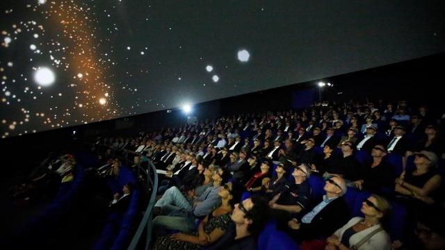 Weer 3d-films in fulldometheater van DOT