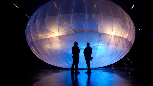 Google bedient internetballon met kunstmatige intelligentie