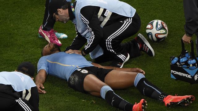 'FIFA beschermde Uruguayaan Pereira niet na hersenschudding'