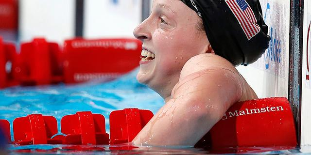 Ledecky zwemt ook op 400 meter naar nieuw wereldrecord